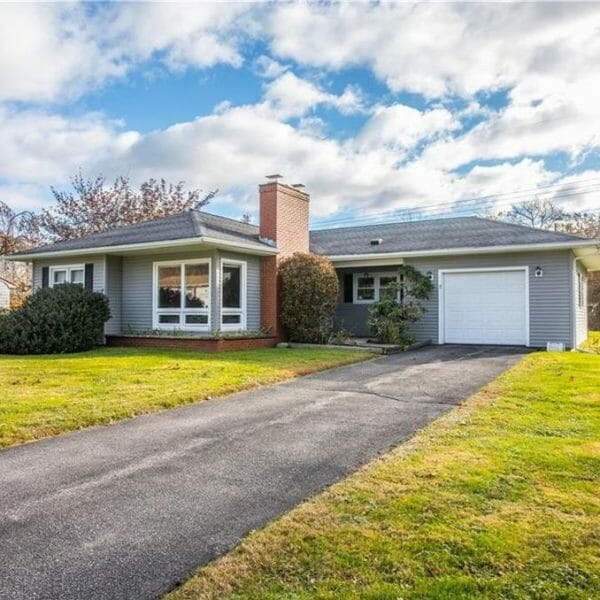 7 long meadow drive Portsmouth Rhode Island real estate